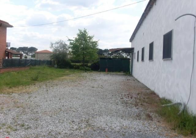 Capannone in affitto a Montecatini-Terme, 3 locali, prezzo € 1.000 | CambioCasa.it