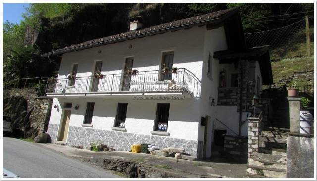 Villa in vendita a Falmenta, 3 locali, prezzo € 150.000 | CambioCasa.it