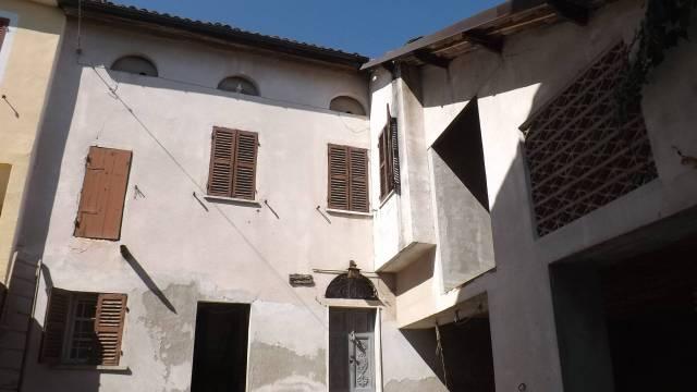 Appartamento in vendita a Castelletto Molina, 4 locali, prezzo € 15.000 | CambioCasa.it