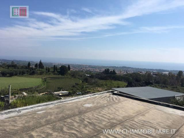 Villa in vendita a Mascali, 6 locali, prezzo € 155.000 | CambioCasa.it