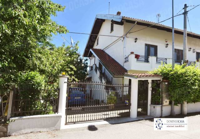 Villa in vendita a Settimo Torinese, 6 locali, prezzo € 298.000 | CambioCasa.it