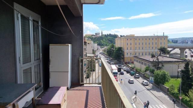 Appartamento in vendita a Trieste, 3 locali, prezzo € 115.000 | CambioCasa.it