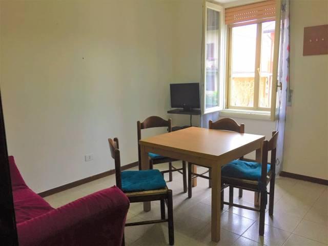 Appartamento in affitto a Correzzana, 2 locali, prezzo € 450 | CambioCasa.it