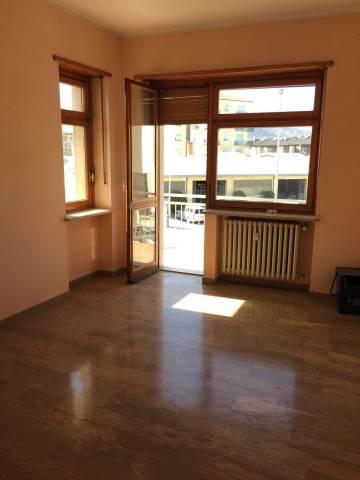 Appartamento in affitto a Borgo San Dalmazzo, 3 locali, prezzo € 360 | CambioCasa.it