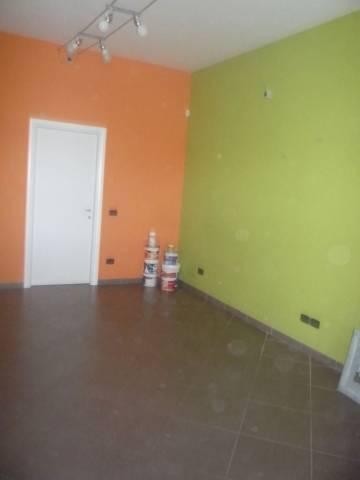 Negozio / Locale in affitto a Caluso, 1 locali, prezzo € 370 | CambioCasa.it