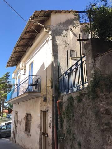 Appartamento in vendita a Montecorvino Pugliano, 4 locali, prezzo € 160.000 | CambioCasa.it
