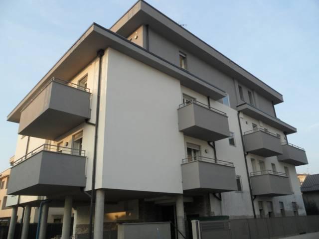 Appartamento in vendita a Mariano Comense, 3 locali, prezzo € 211.000 | CambioCasa.it