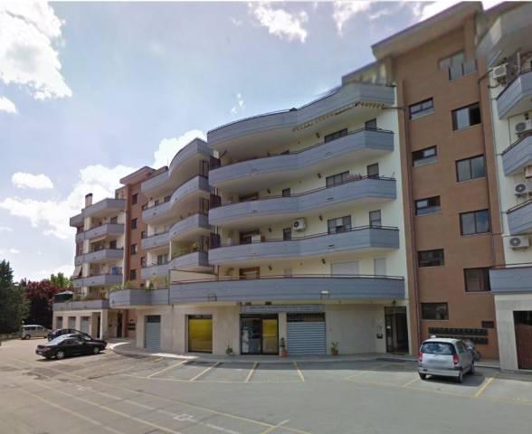 Appartamento in vendita a Latina, 2 locali, prezzo € 75.000 | CambioCasa.it