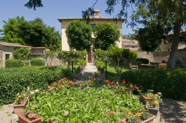 Villa in vendita a Città di Castello, 9999 locali, Trattative riservate | CambioCasa.it