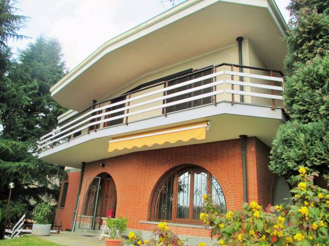 Villa in vendita a Baldissero Torinese, 6 locali, prezzo € 480.000 | CambioCasa.it