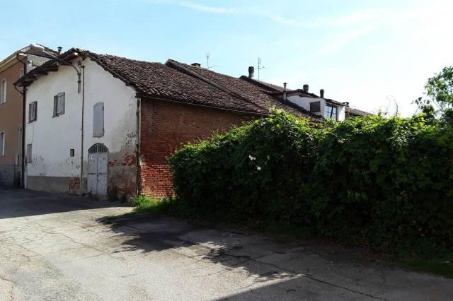Rustico / Casale in vendita a Celle Enomondo, 5 locali, prezzo € 30.000 | CambioCasa.it