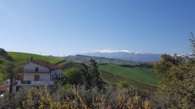 Villa in Vendita a Bucchianico