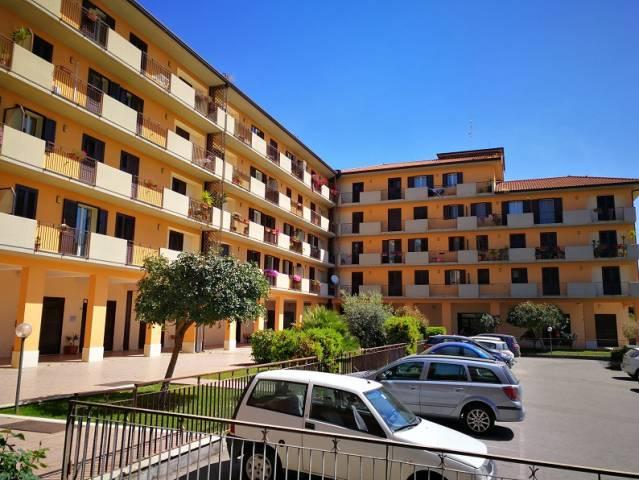 Appartamento in vendita a Paternò, 5 locali, prezzo € 149.000 | CambioCasa.it