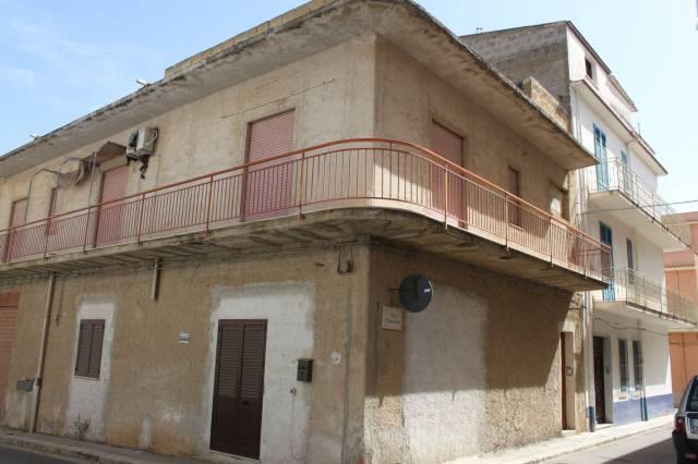 Soluzione Indipendente in vendita a Balestrate, 6 locali, prezzo € 160.000 | CambioCasa.it
