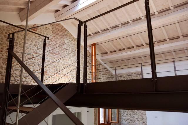 Villa in vendita a Bassano del Grappa, 5 locali, prezzo € 465.000 | CambioCasa.it