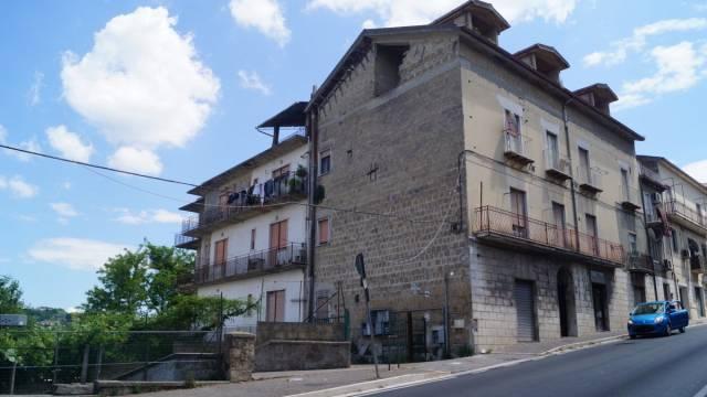 Palazzo / Stabile in Vendita a Caiazzo