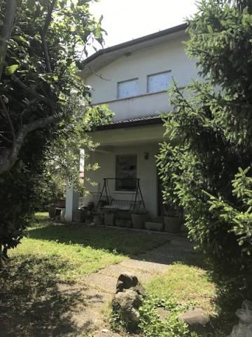 Villa in vendita a Monticelli Brusati, 5 locali, prezzo € 289.000 | CambioCasa.it