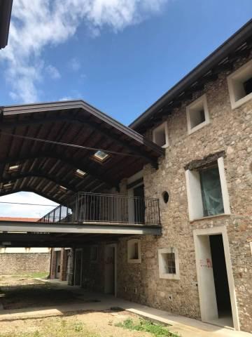 Soluzione Indipendente in vendita a Pasian di Prato, 4 locali, prezzo € 120.000 | CambioCasa.it