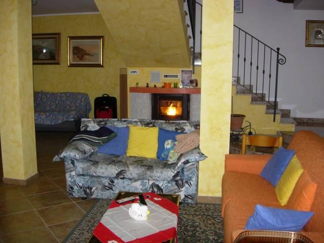 Villa in vendita a Costanzana, 4 locali, prezzo € 230.000 | CambioCasa.it