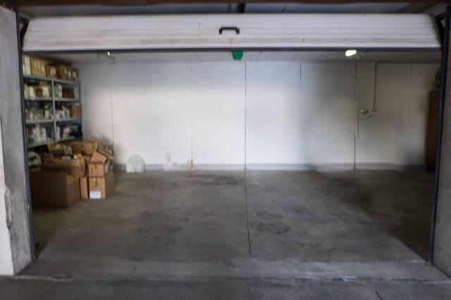 Box / Garage in vendita a Sirmione, 9999 locali, prezzo € 27.000   CambioCasa.it