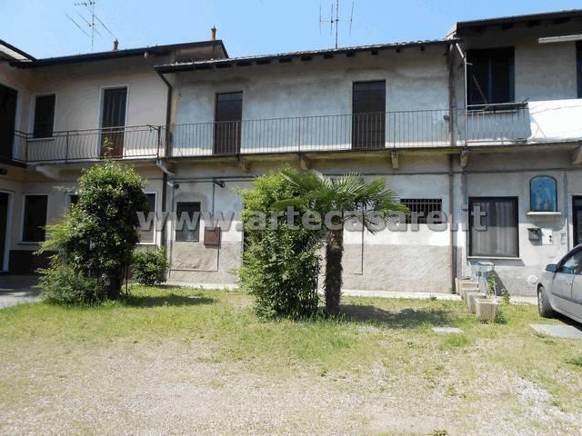 Rustico / Casale in vendita a Arconate, 3 locali, prezzo € 80.000 | CambioCasa.it