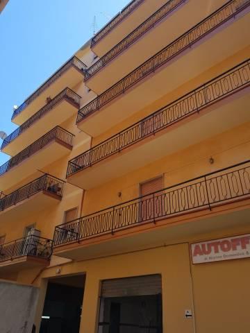 Palazzo / Stabile in vendita a Reggio Calabria, 9999 locali, Trattative riservate | CambioCasa.it