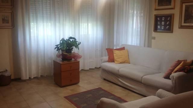 Appartamento in vendita a Ossona, 3 locali, prezzo € 120.000 | CambioCasa.it