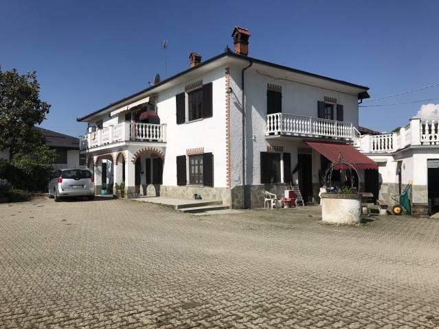 Villa in vendita a Volvera, 6 locali, prezzo € 230.000 | CambioCasa.it