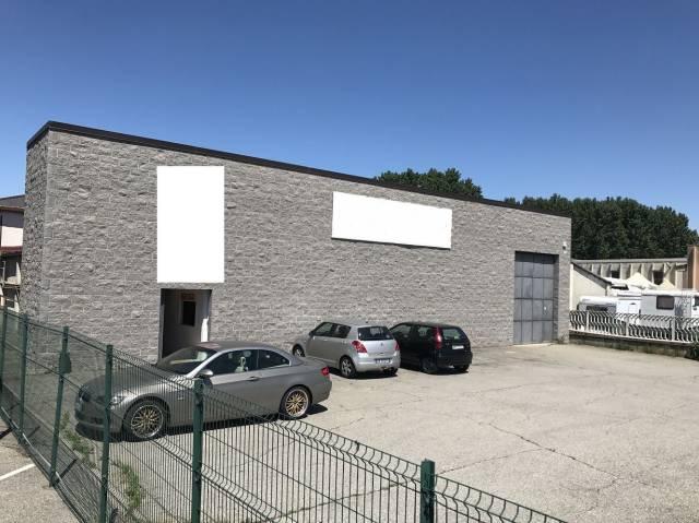 Capannone in vendita a Volvera, 6 locali, prezzo € 200.000 | CambioCasa.it