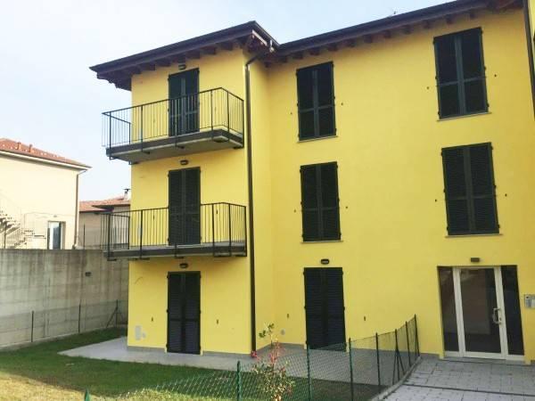 Appartamento in vendita a Mornago, 3 locali, prezzo € 142.000 | CambioCasa.it