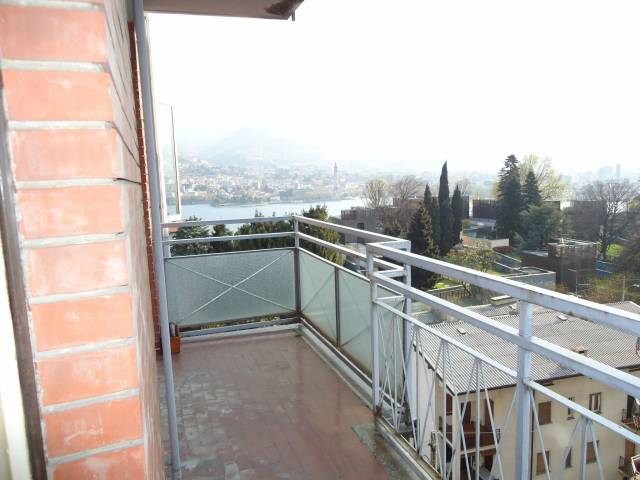 Appartamento in vendita a Malgrate, 3 locali, prezzo € 145.000 | CambioCasa.it