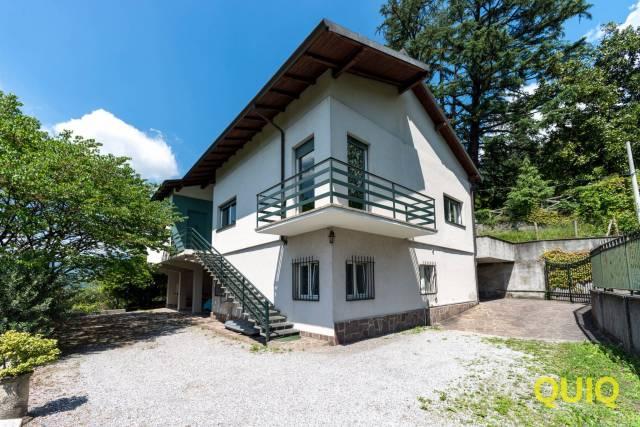 Villa in vendita a Calolziocorte, 5 locali, Trattative riservate | CambioCasa.it