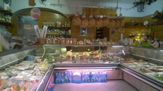 Attività / Licenza in vendita a Ivrea, 9999 locali, prezzo € 125.000 | CambioCasa.it