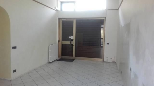Negozio / Locale in vendita a Busto Arsizio, 3 locali, prezzo € 110.000 | CambioCasa.it