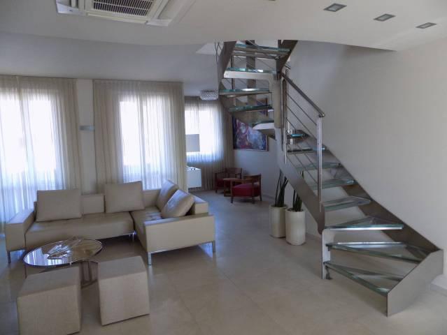 Appartamento in vendita a Appiano Gentile, 4 locali, prezzo € 380.000 | CambioCasa.it
