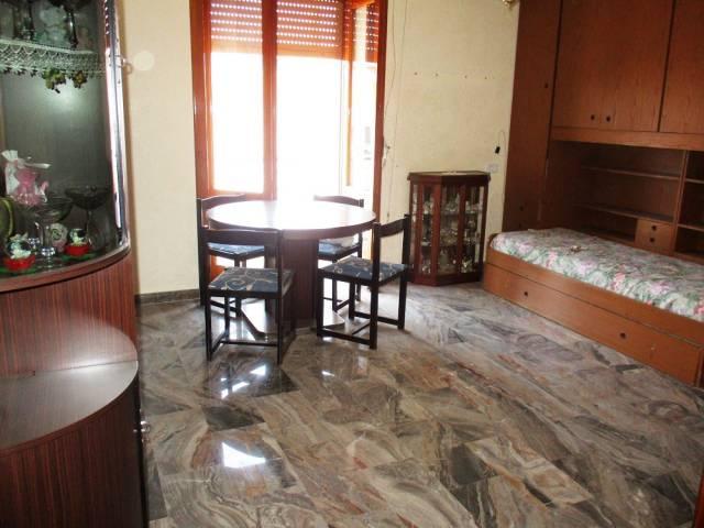 Appartamento in vendita a Acerra, 3 locali, prezzo € 78.000 | CambioCasa.it