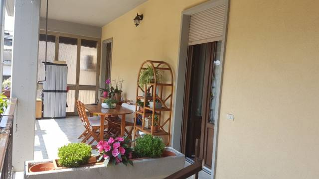 Appartamento in vendita a Busto Arsizio, 4 locali, prezzo € 150.000 | CambioCasa.it