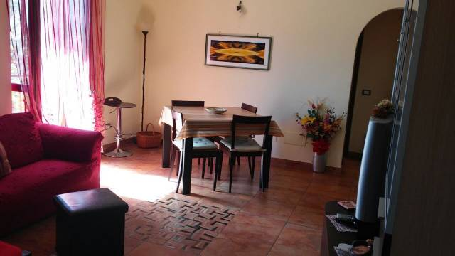 Appartamento in vendita a Arsoli, 4 locali, prezzo € 79.000 | CambioCasa.it