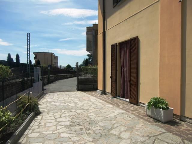 Appartamento in vendita a Ponte Lambro, 3 locali, prezzo € 125.000 | CambioCasa.it