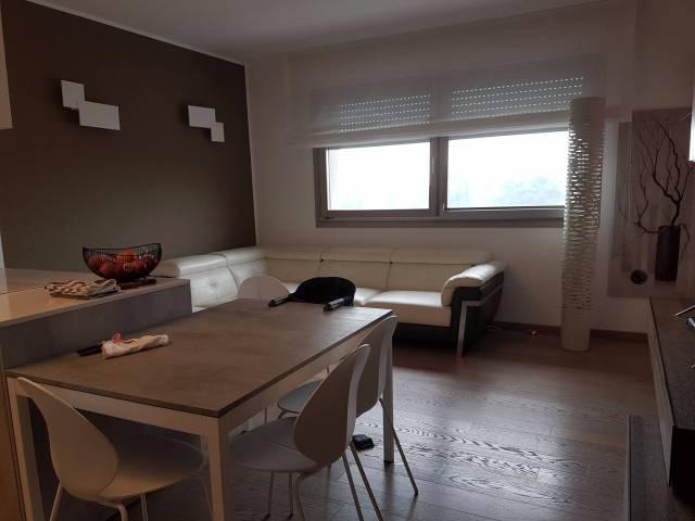Appartamento in vendita a Sant'Angelo Lodigiano, 3 locali, prezzo € 170.000 | CambioCasa.it