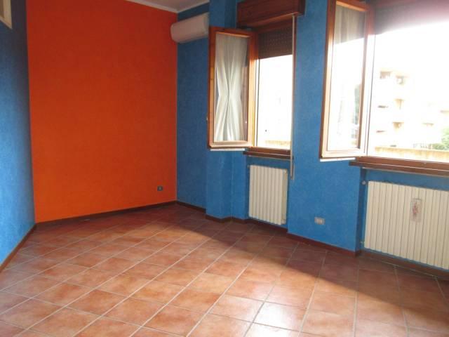 Appartamento in affitto a Goito, 4 locali, prezzo € 350 | CambioCasa.it