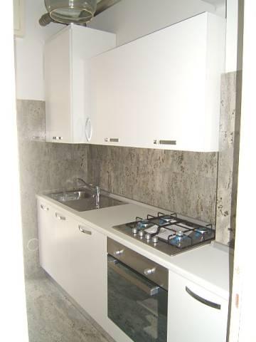 Appartamento in affitto a Torre Boldone, 2 locali, prezzo € 450 | CambioCasa.it