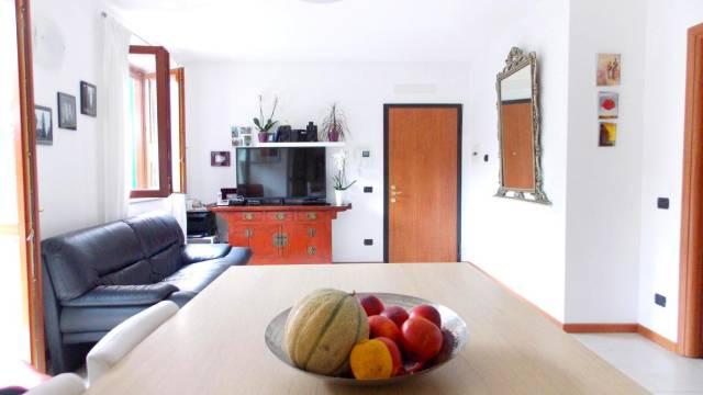 Appartamento in vendita a Bernareggio, 3 locali, prezzo € 195.000   CambioCasa.it