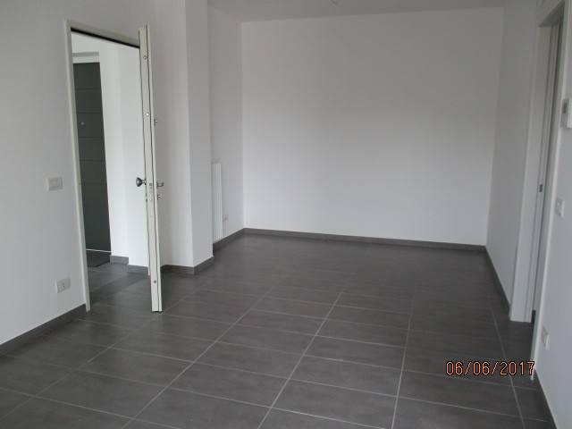 Appartamento in vendita a Mercato San Severino, 3 locali, prezzo € 250.000 | CambioCasa.it