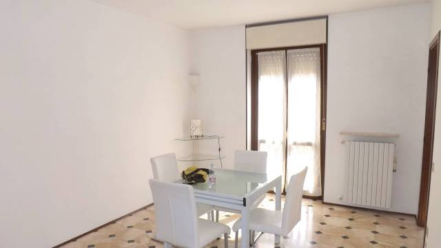 Appartamento in affitto a Acqui Terme, 4 locali, prezzo € 380 | CambioCasa.it