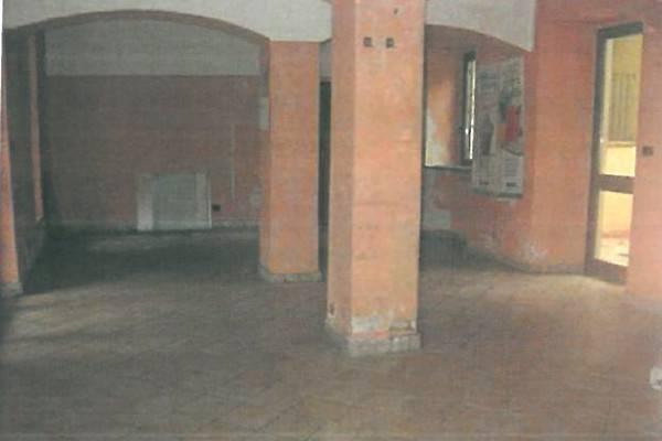 Negozio / Locale in vendita a Poirino, 3 locali, prezzo € 80.000 | CambioCasa.it