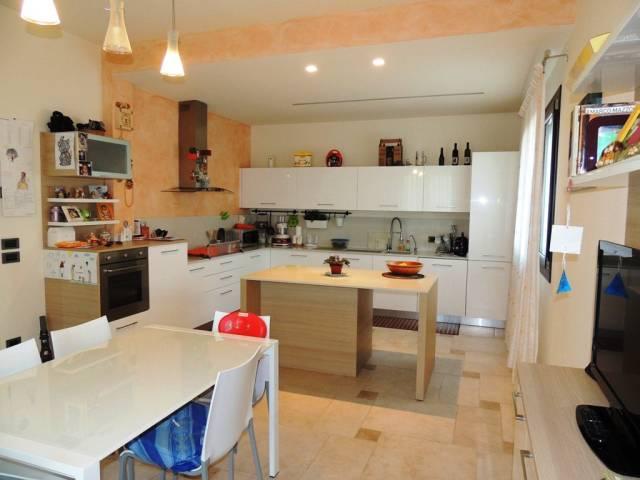 Villa in vendita a Grisignano di Zocco, 6 locali, prezzo € 395.000 | CambioCasa.it