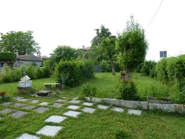 Appartamento in vendita a Sirmione, 2 locali, prezzo € 108.000 | CambioCasa.it