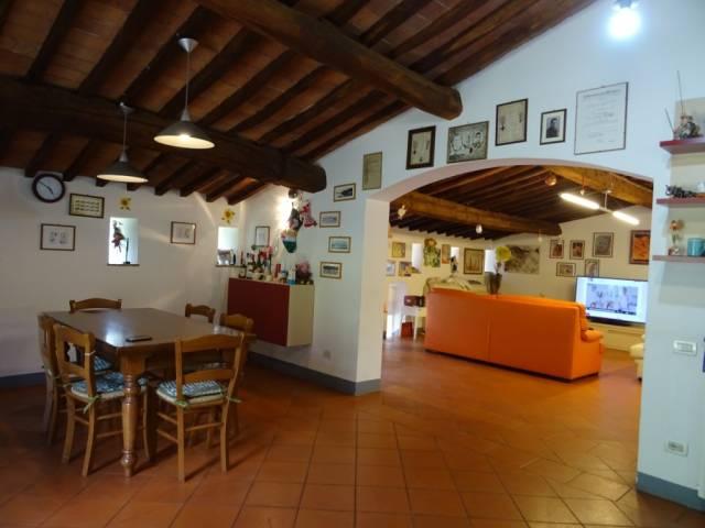 Rustico / Casale in vendita a San Giuliano Terme, 9999 locali, prezzo € 750.000 | CambioCasa.it