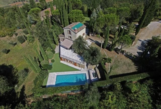 Rustico / Casale in vendita a Umbertide, 3 locali, Trattative riservate | CambioCasa.it